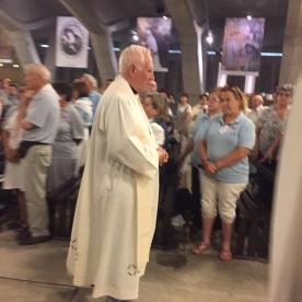 El Pare Sánchez a la Missa Internacional